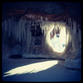 Northwoods Spotlight: Lake Superior Ice Caves
